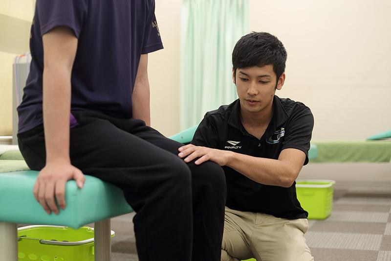 膝痛・腰痛・マッサージ・鍼灸